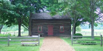 Peter Whitmer cabin in Fayette, New York. Photo by runt35 via Wikimedia Commons.